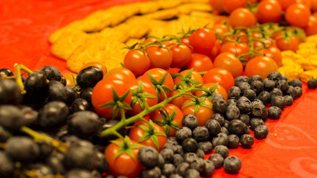 Wax table with fruits at Alusi Ephemeral Art Berlin