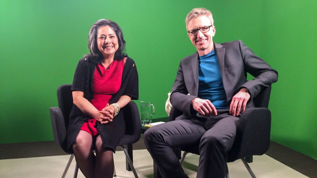 Webinar zu Moments of Happiness Maha Alusi und Günter Keil vorm green screen